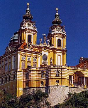 Монументальное аббатство в Мельке